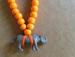 Pray4Trax Necklace Rhino (orange)